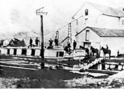 Last Boat to Load in 1892